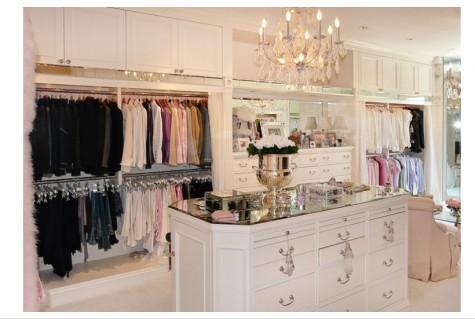 Dreamy walk in closet